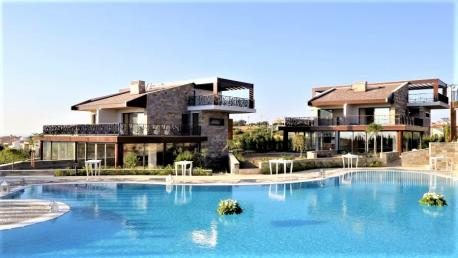 Cesme hotel for sale