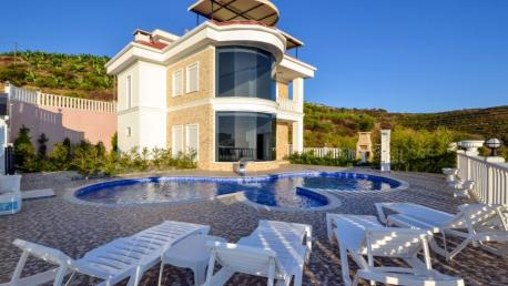Villa for sale in Alanya kargicak