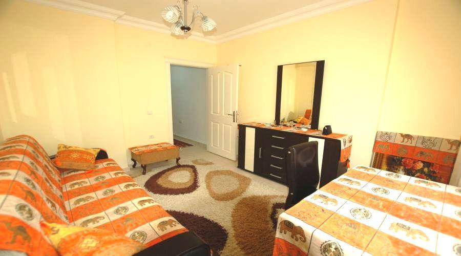 Бабочка aпарт. no 10 -  2-Большая спальня квартира для продаж